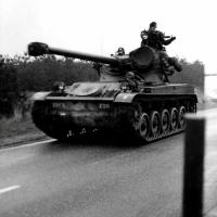 1968-nr-12-verplaatsingen-tijdens-oefening-AMX-tank-