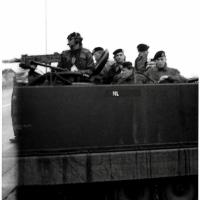 1968-nr-14-verplaatsing-tijdens-oefening-M113-Tirailleur-voertuig-11-ZVE