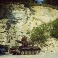 Wachtmeester-Vogels-met-zijn-AMX