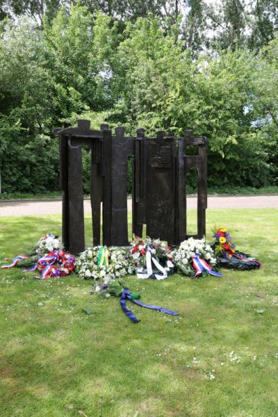 Herdenking-gevallenen-RHB-Ypenburg-12-05-2020-V-27
