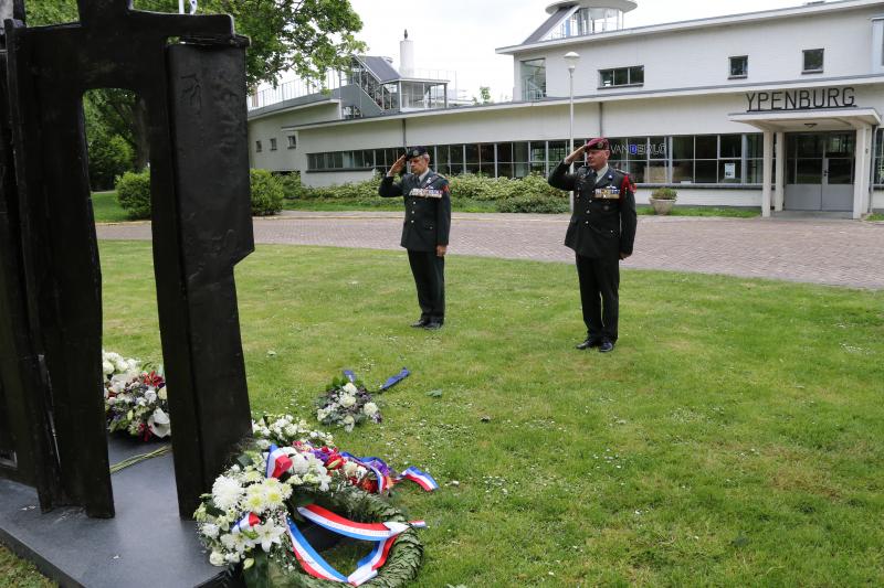 Herdenking-gevallenen-RHB-Ypenburg-12-05-2020-V-6
